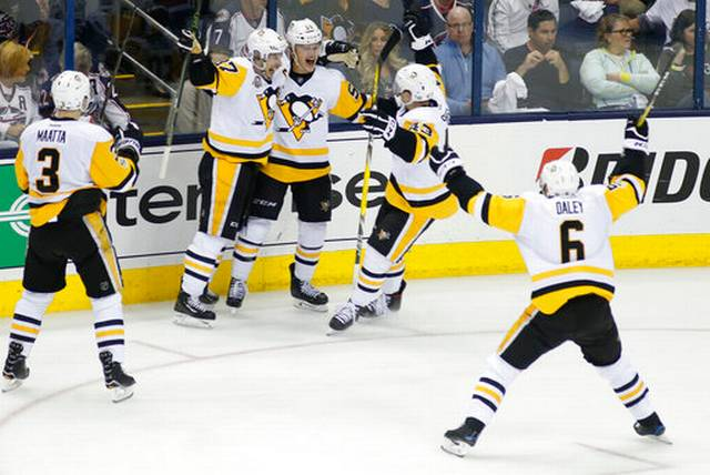 Penguins_Blue_Jackets_Hockey_87385